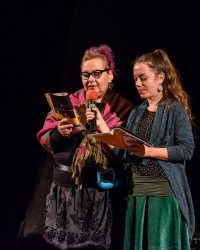 """Actorii Teatrului """"Puck"""" recită din opera lui Eminescu în școli și licee clujene"""