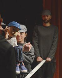 """Teatrul """"Puck"""" oferă gratis două spectacole copiilor care stau acasă"""